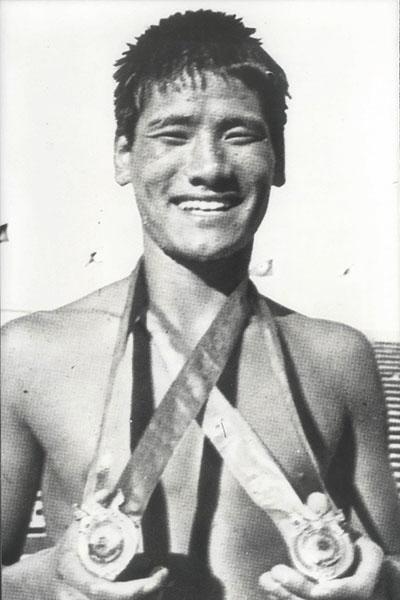보도(040-1)대한민국 스포츠영웅 故 조오련 사진