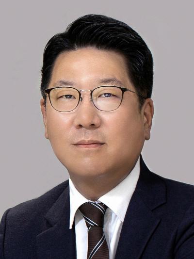 1) 정지선 현대백화점그룹 회장