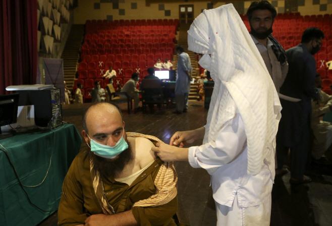 Virus Outbreak Pakistan <YONHAP NO-4088> (AP)