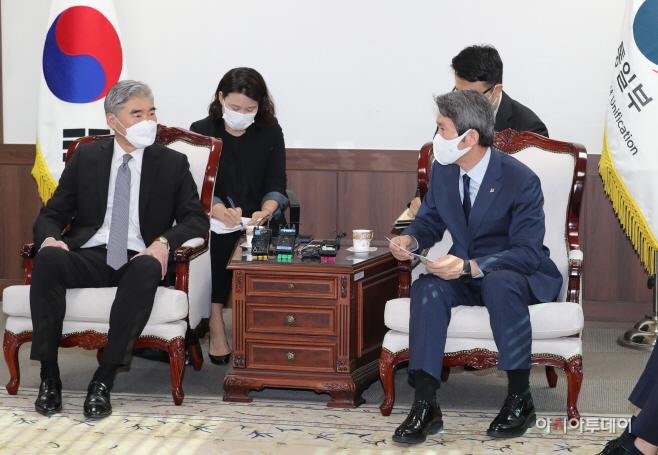 이인영 통일부 장관, 성 김  미국 국무부 대북특별대표 접견