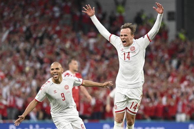 APTOPIX Denmark Russia Euro 2020 Socce(AP)