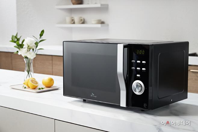 [첨부이미지 02] SK매직, 23L 자동요리 전자식 전자레인지
