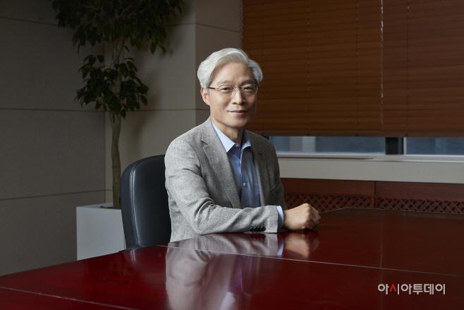 하나카드 권길주 대표이사 Profile 01