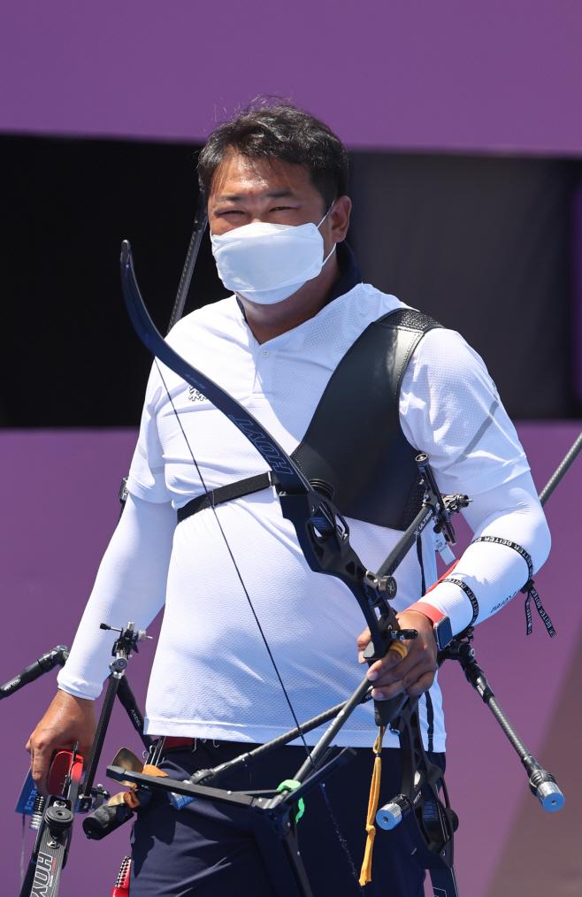 [올림픽] 오진혁, 64강전서 가볍게 승리<YONHAP NO-2054>