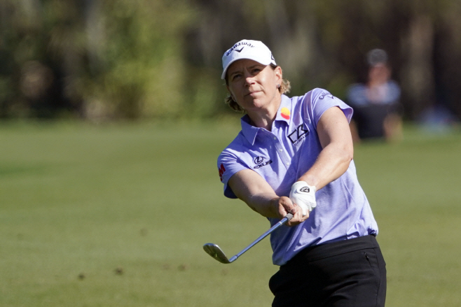 은퇴 13년 만에 LPGA 대회 선수 자격... (AP)