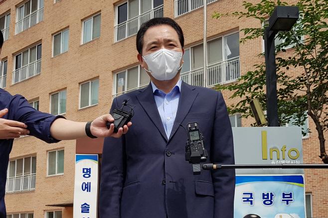 국방위 국민의힘 의원들, 군 수용시설 점검