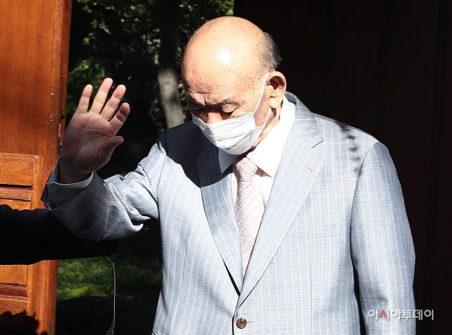 [포토] 광주 법정으로 향하는 전두환 전 대통령
