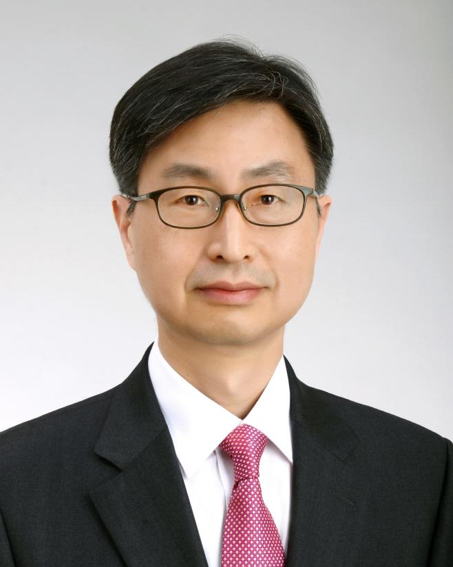 문대통령, 감사원장 후보에 최재해 전 감사위원 지명
