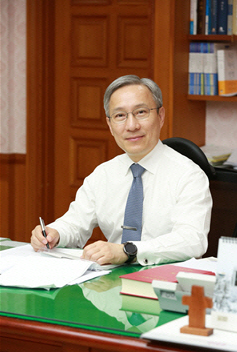 강일원 전 헌법재판관