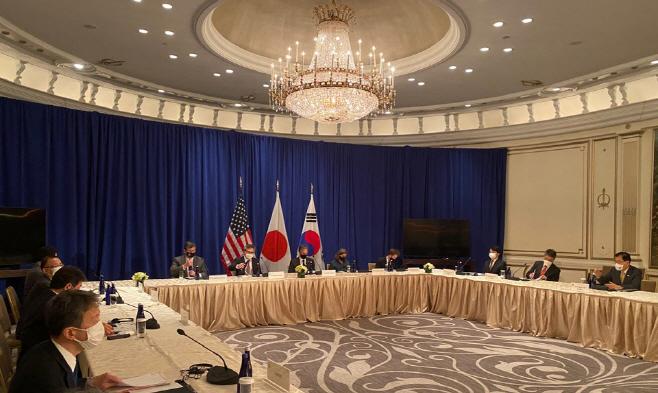 한미일 외교장관, 뉴욕서 3자 회담 시작