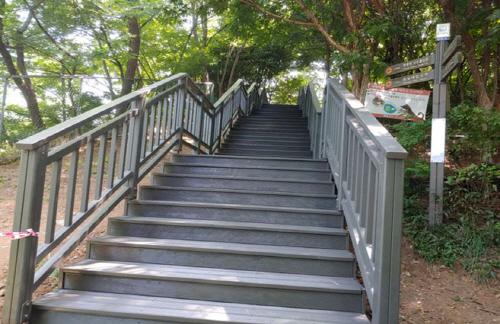 테크 계단 설치