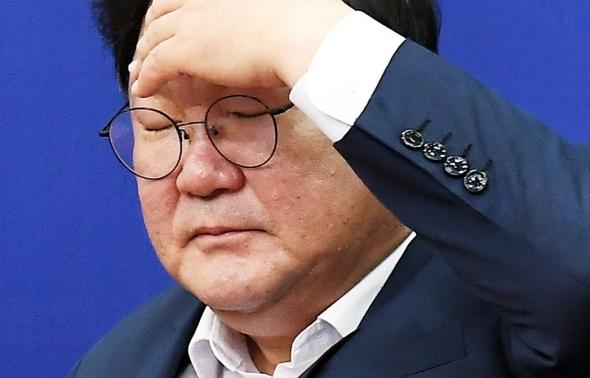 머리 아픈 김태년 원내대표