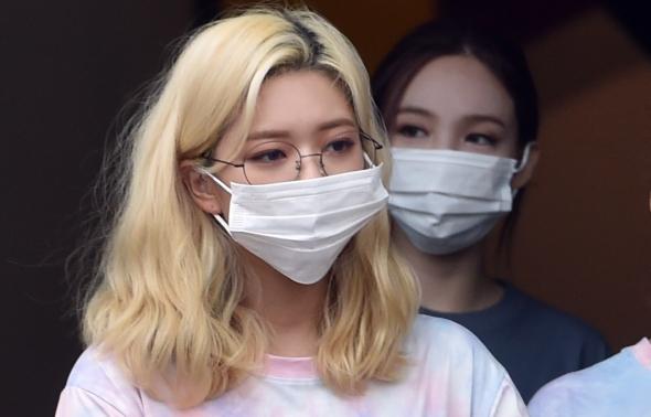 트와이스 정연, 안경도 찰떡 소화!
