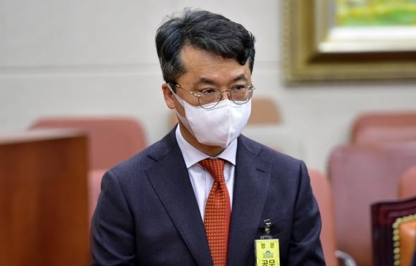 박현종 BHC 회장 정무위 국정감사 출석