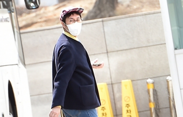 김영철, 퇴근길 패션센스!