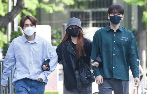 재하-최향-한강, '행복한 출근길'